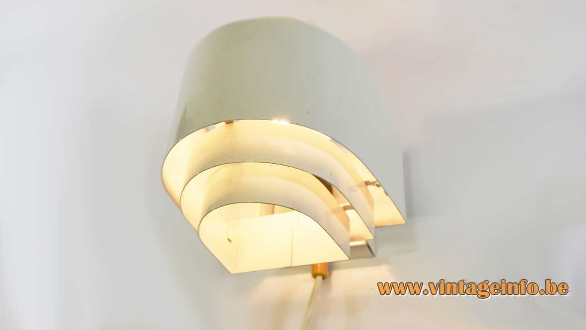 ANVIA Wall Lamp white painted metal slats design: Jan Hoogervorst 1960s 1970s MCM