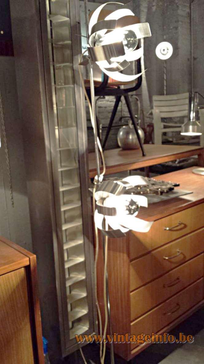 Fleur de Lumière Floor Lamp