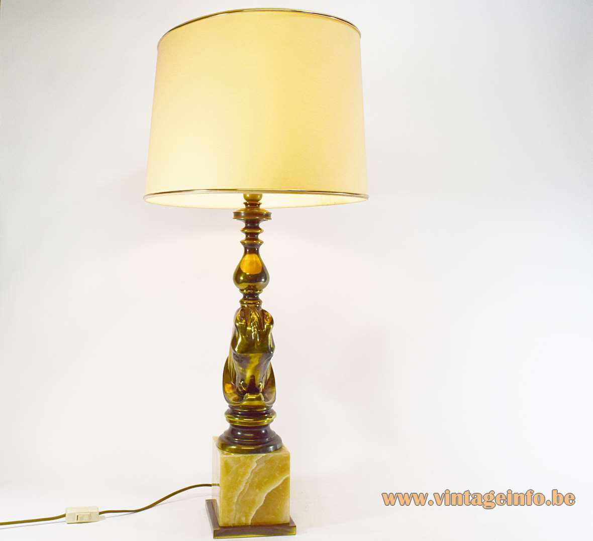 Horsehead Table Lamp