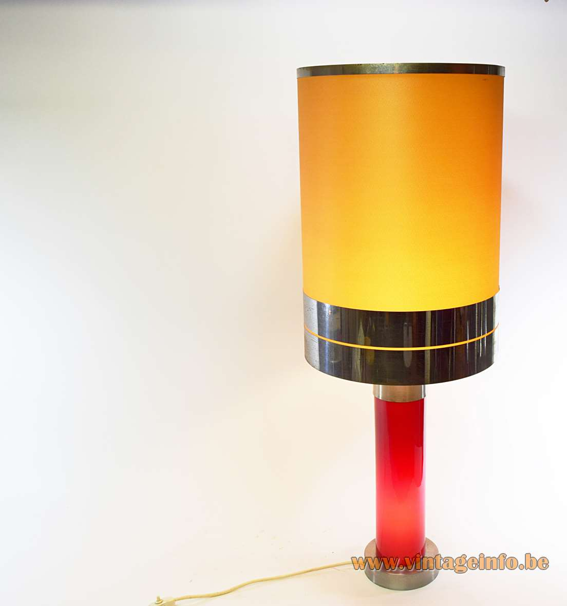Incamiciato table lamp maroon red glas tube aluminium base 1960s 1970s yellow fabric lampshade MCM Murano