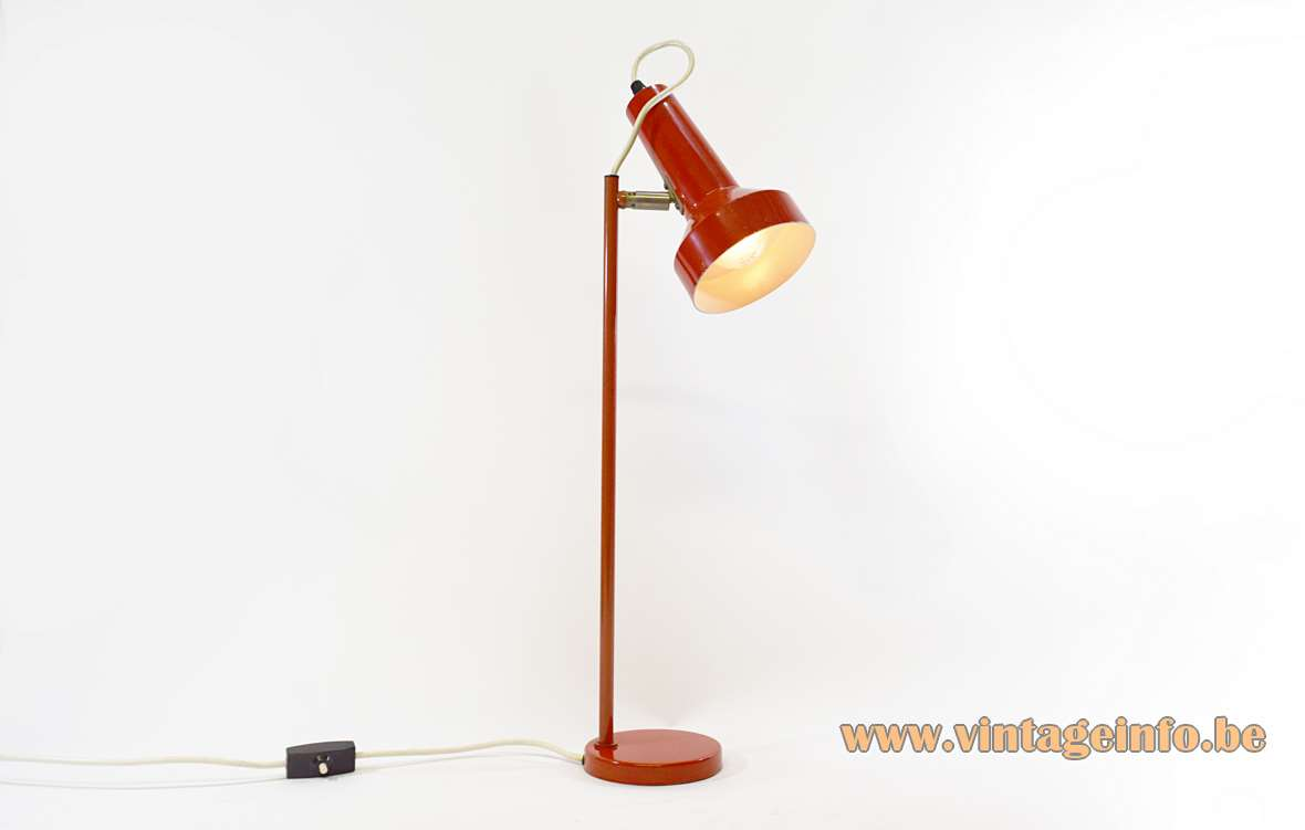 OMI Desk Lamp Round metal base long rod chrome joint painted red Koch & Lowy Massive 1970s MCM