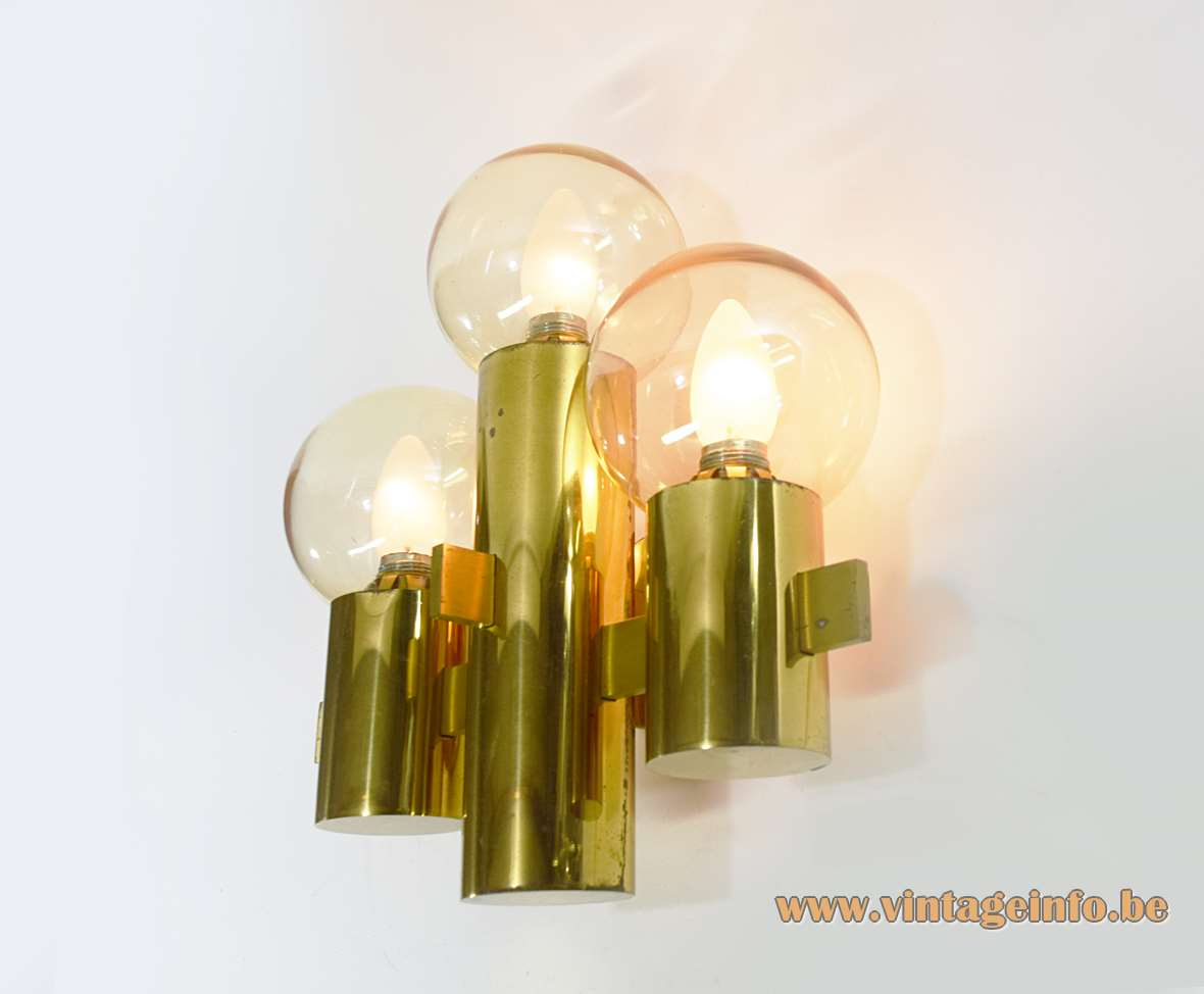 Hans-Agne Jakobsson wall lamp 3 thick round brass tubes & slats glass globe lampshades 1970s 1980s Sweden