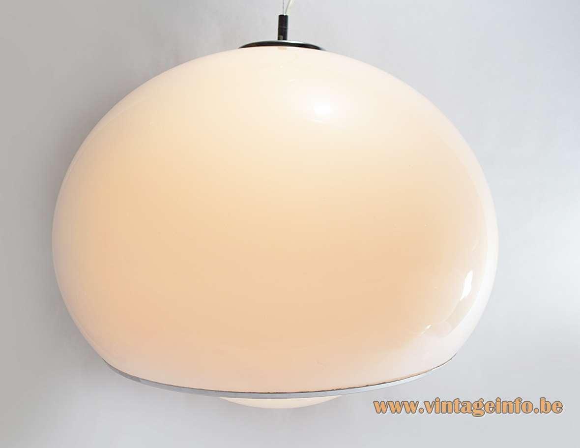 Harvey Guzzini Bud Pendant Lamp white acrylic Design: 1968 Studio 6G IGuzzini Grande Meblo