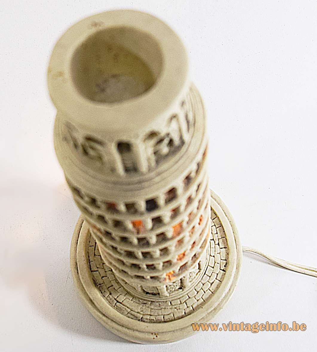 Leaning Tower of Pisa lamp in polystone resin souvenir Italy E14 lamp socket 1950s 1960s 1970s