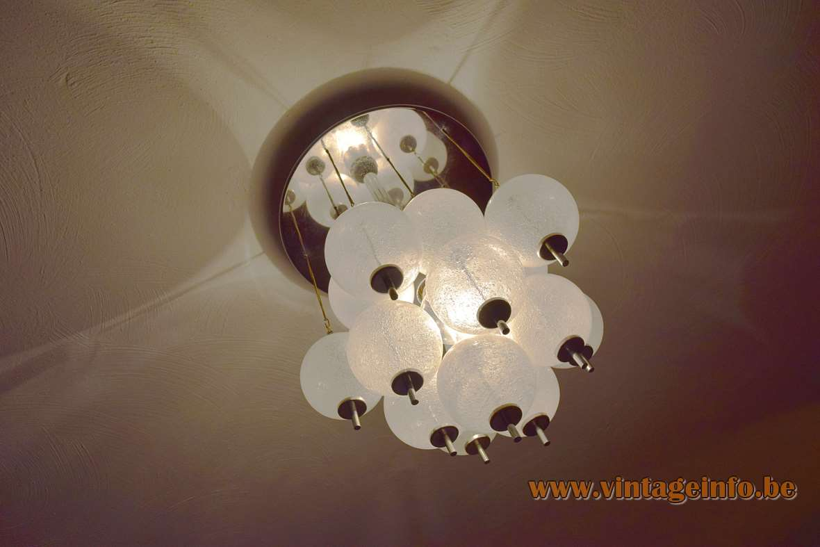 Flush mount round chrome ceiling plate metal chains 19 glass balls globes E27 light bulb hand blown pulegoso glass