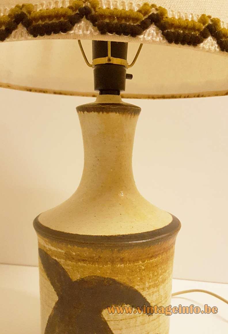 Jette Hellerøe Table Lamp brown and white ceramics Manufacturer: AXELLA Design, Denmark 1970s MCM