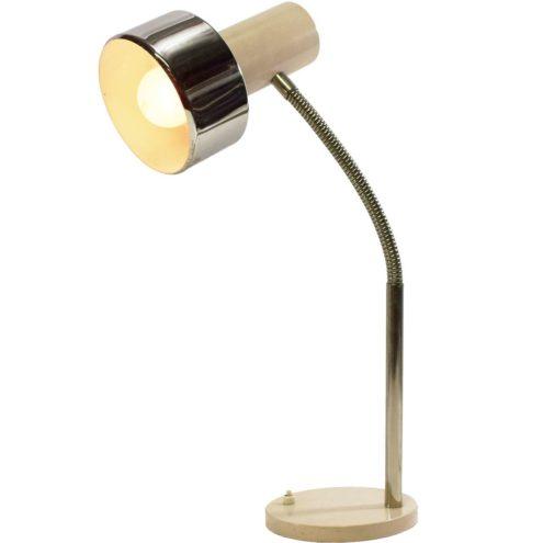 1960s beige gooseneck desk lamp round flat base chrome rod & goose-neck tube lampshade Massive E27 socket