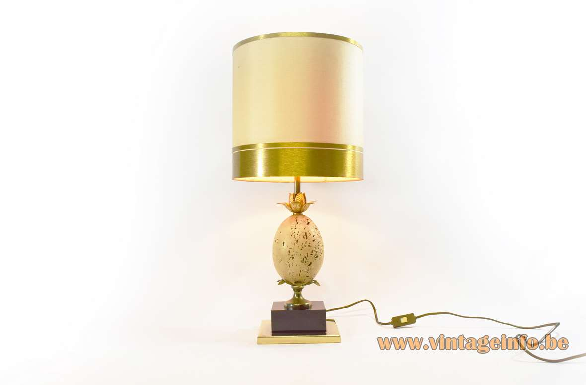 Travertine Ostrich Egg Table Lamp or pineapple light Oxford Le Dauphin France 1970s 1980s Hollywood Regency
