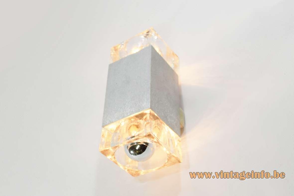 Gaetano Sciolari Cubic wall lamp square beam brushed aluminium pressed crystal glass 1970s 1980s MCM