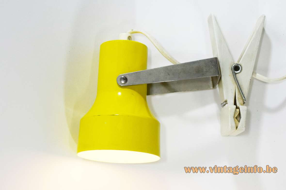 1970s clothespin clamp lamp wash pin plastic chrome aluminium E14 socket Massive Belgium Mid-Century Modern 1980s