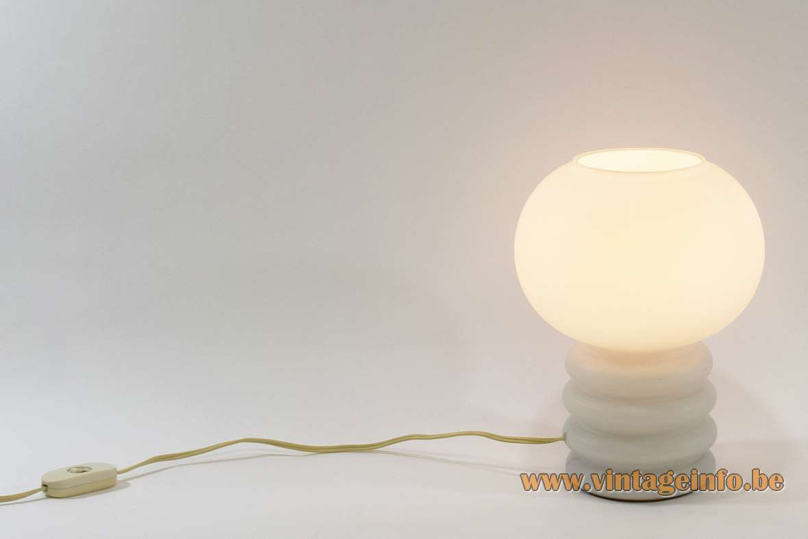 1960s opal glass table lamp, design Herwig & Frank Sterckx Rupel Glasfabriek Belgium, Massive 1970s MCM