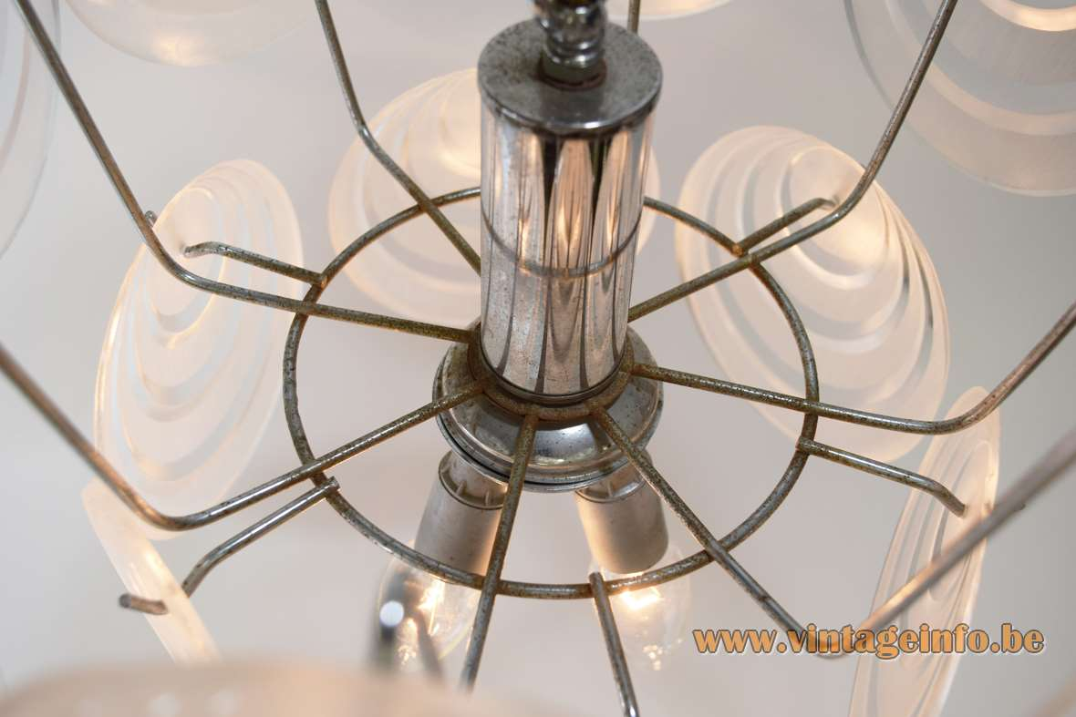 Aro Leuchte acrylic discs chandelier clear frosted Perspex plastic circles chrome wire frame Vistosi 1960s 1970s