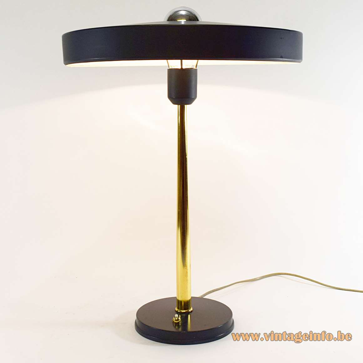 Philips desk lamp design Louis Kalff Major Timor aluminium mushroom lampshade brass rod 1960s 1970s MCM Mid-Century Modern