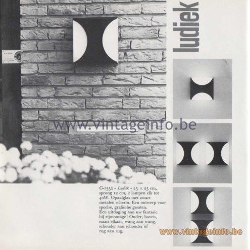 Raak Amsterdam Light Catalogue 8 - 1968 - Raak Garden/Outdoor Wall Lamp Ludiek C-1552
