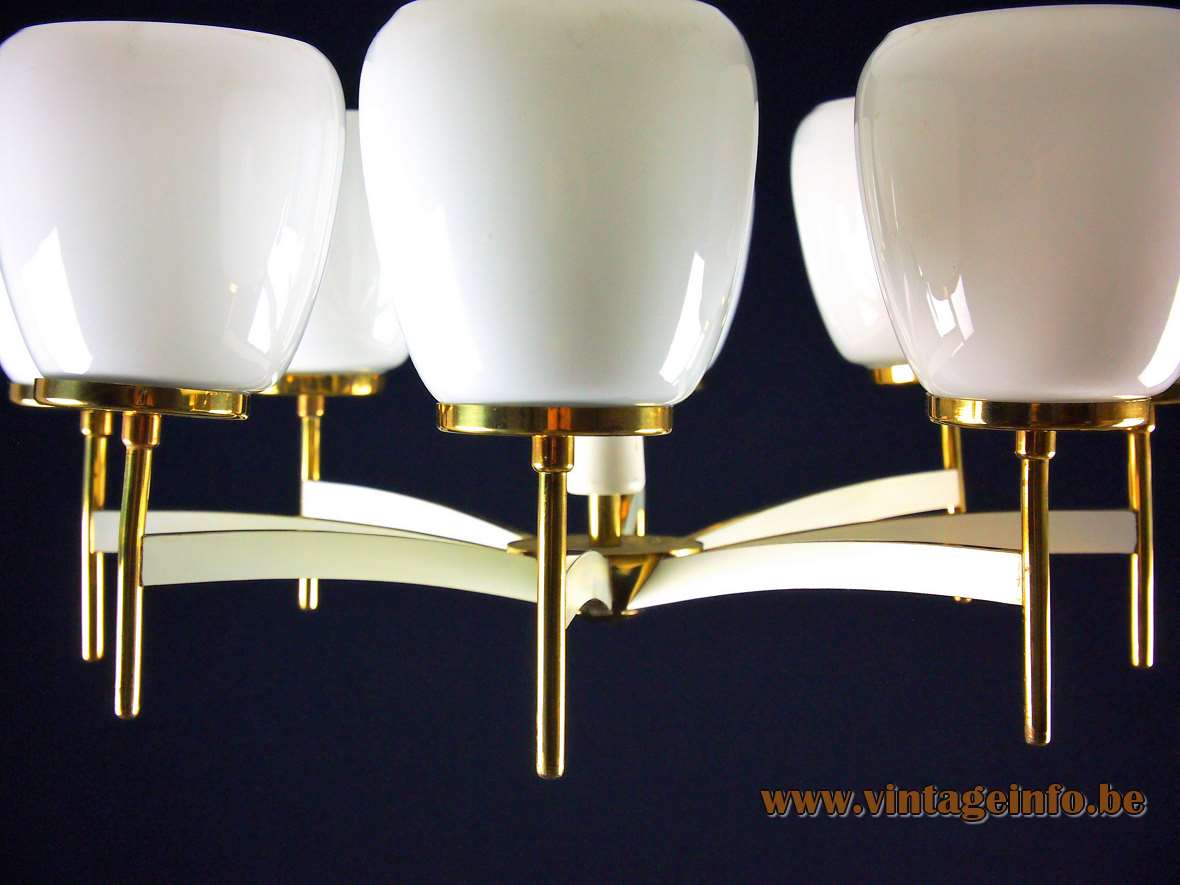 Sciolari chandelier with 8 opal glass chalices brass 1960s 1970s Gaetano Sciolari design Italy MCM