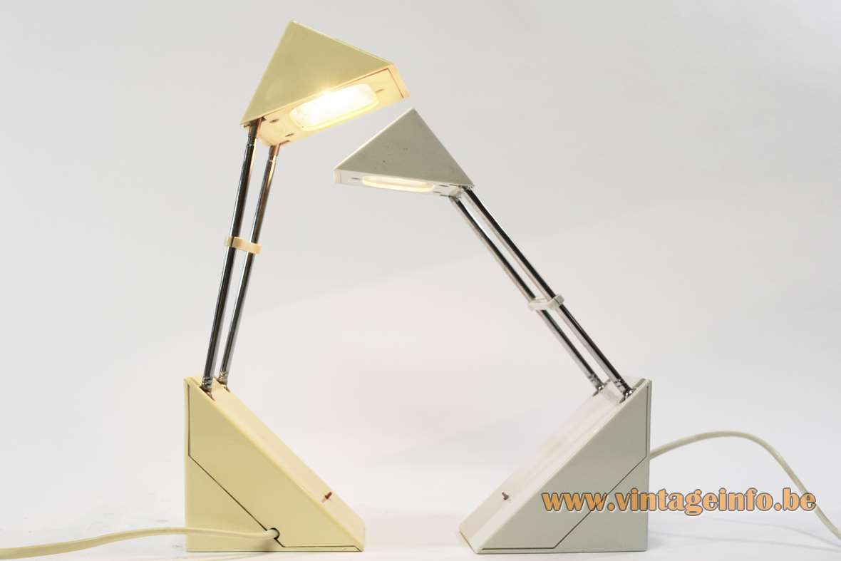 Triangular plastic chrome antenna desk lamp pyramid Trendlight IKEA Brilliant AG extendable 1980s Memphis style