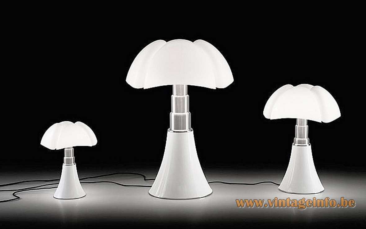 Martinelli Luce Pipistrello table lamp design: Gae Aulenti white acrylic bat lampshade 3 versions 1960s