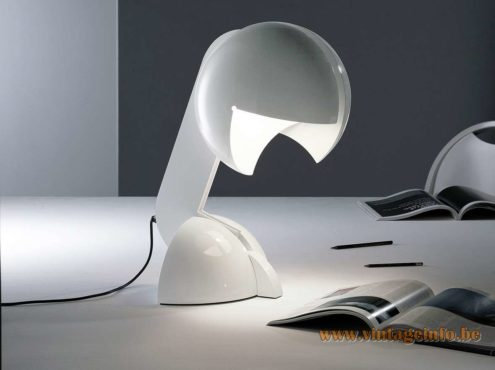 Martinelli Luce Ruspa table lamp design: Gae Aulenti 1968 white lacquered metal