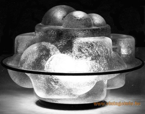 Profiterolle Martinelli Luce Table Lamp design Sergio Asti in 1968 fibre glass metal base