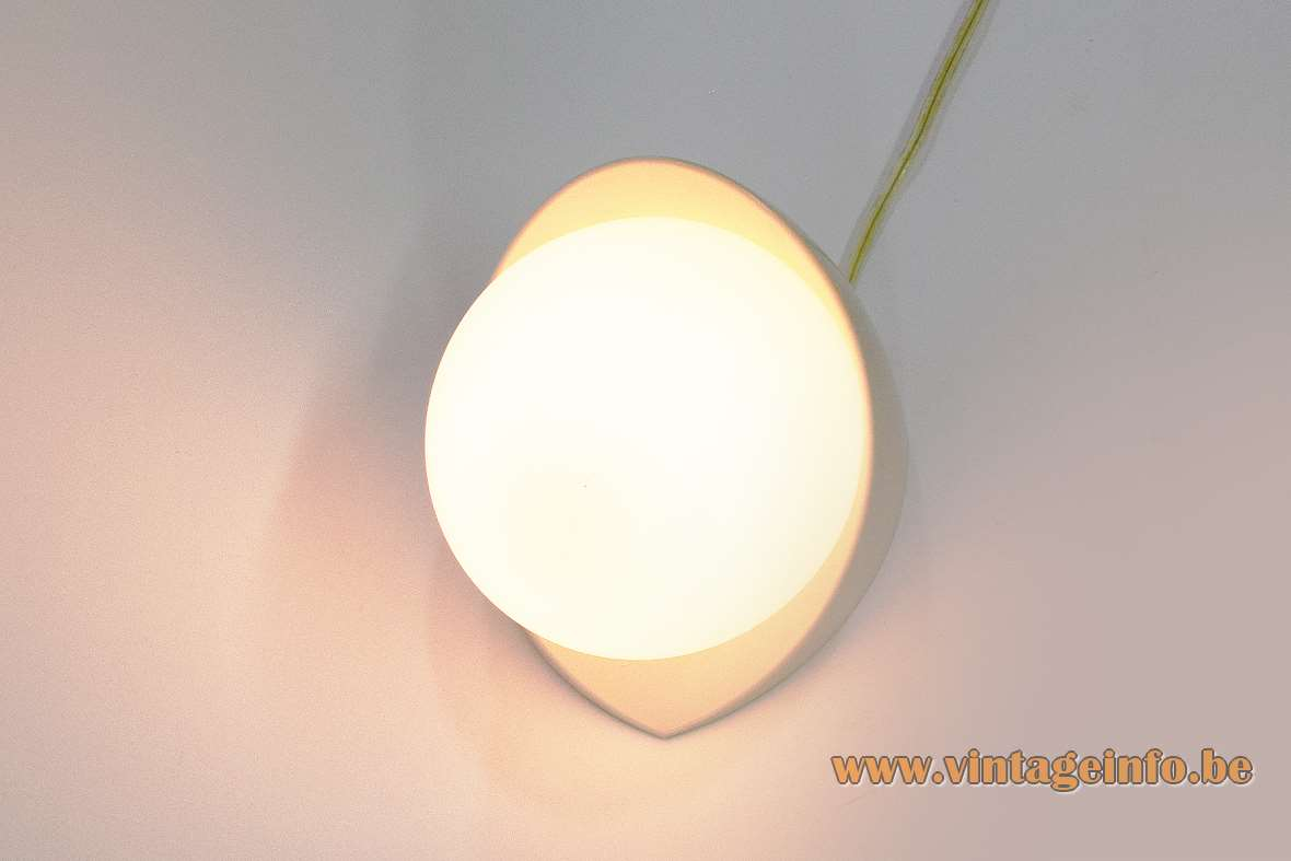 Bo-Niko White Bakelite Wall Lamp