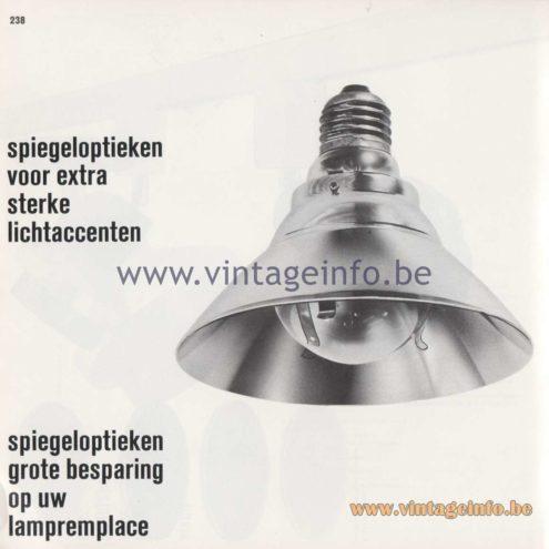"""Raak Amsterdam Light Catalogue 8 - 1968 - Raak R-41 Spotlight """"spiegeloptieken voor extra sterke lichtaccenten"""" (mirror optics for extra strong light accents)"""