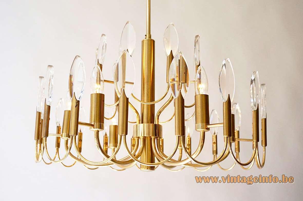 Gaetano Sciolari brass & crystal drops chandelier curved thin rods 9 light bulbs 1970s Sciolari Illuminazione Italy