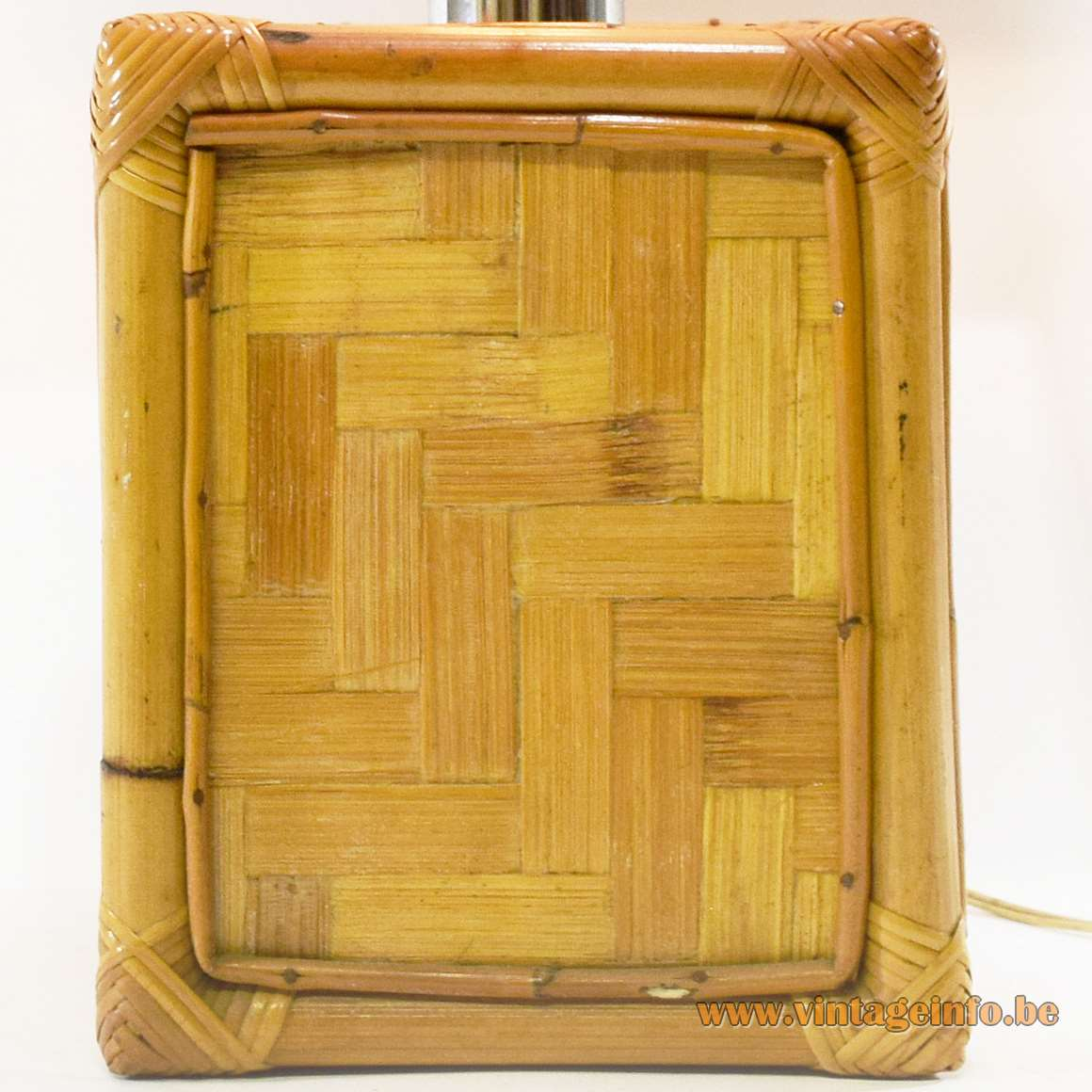 1960s Cube Bamboo Table Lamp - Bamboo base
