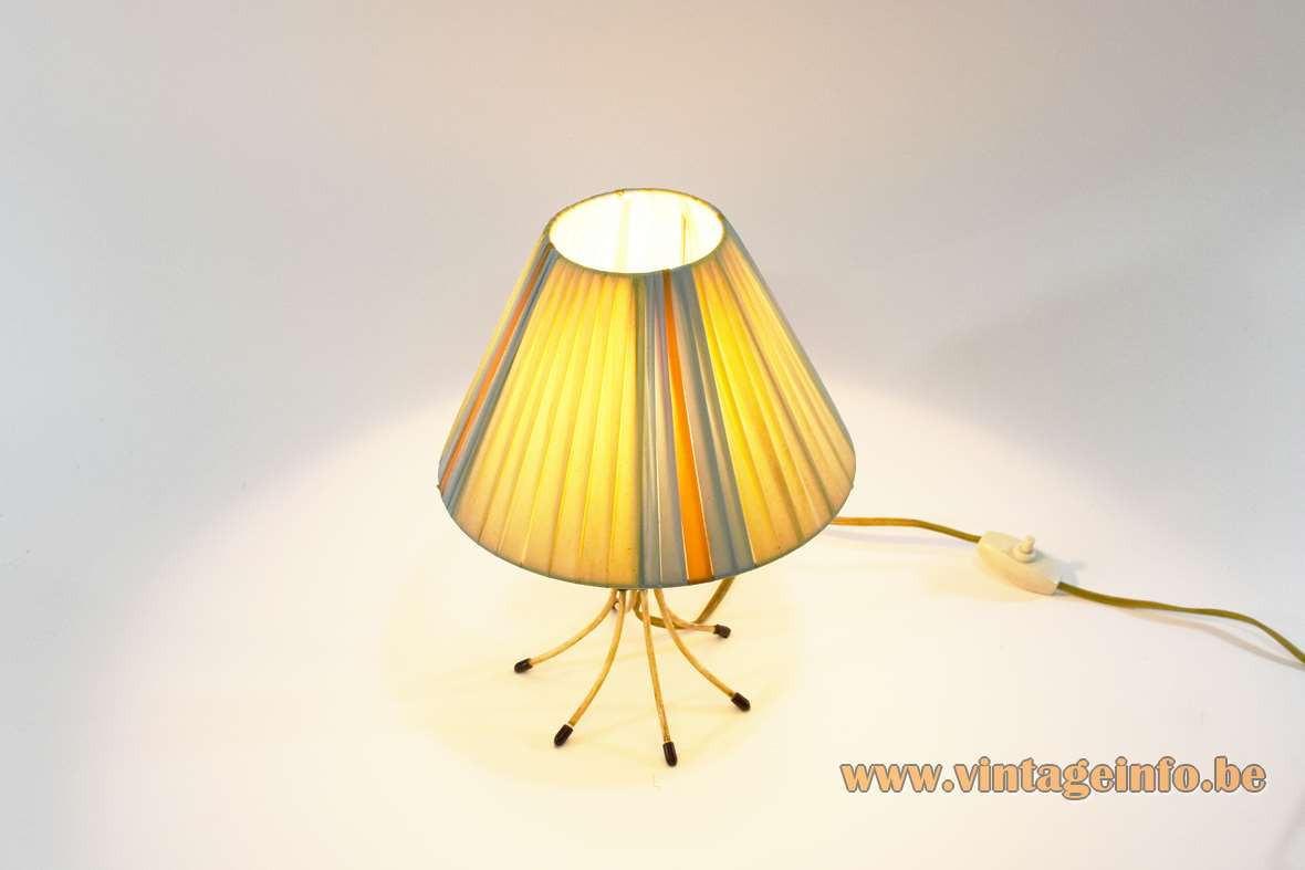 Scoubidou Bedside Table Lamp