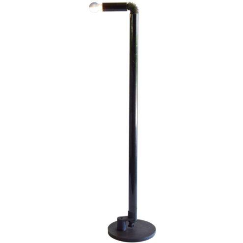 Stilnovo Periscopio floor lamp designers: Danilo & Corrado Aroldi 1967 black aluminium rubber hose 1960s 1970s Mid-Century Modern