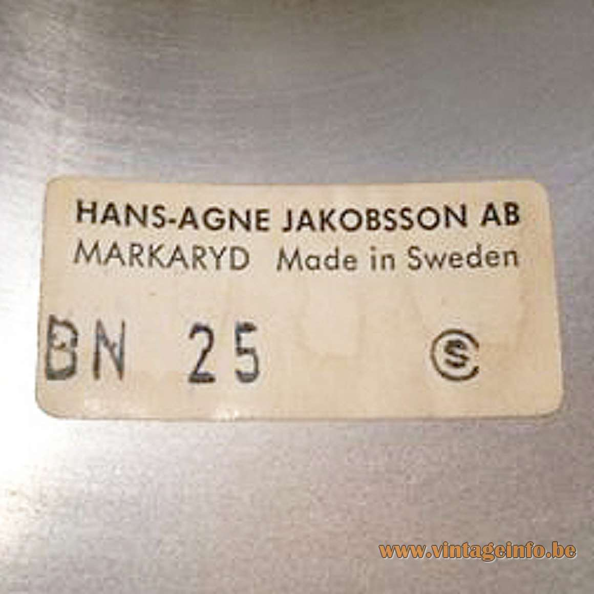 Hans-Agne Jakobsson Lamingo BN 25 Table Lamp