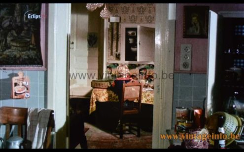 Helena Tynell bubble glass pendant lamp used as a prop in the 1978 film Het Verloren Paradijs
