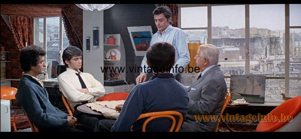 Artemide Eclisse Table Lamp used as a prop in film The Sicilian Clan 1969 - Lamps in the movies!