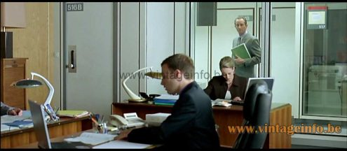 Fase Boomerang 2000 desk lamp used as a prop in the 2006 film Du Jour au Lendemain