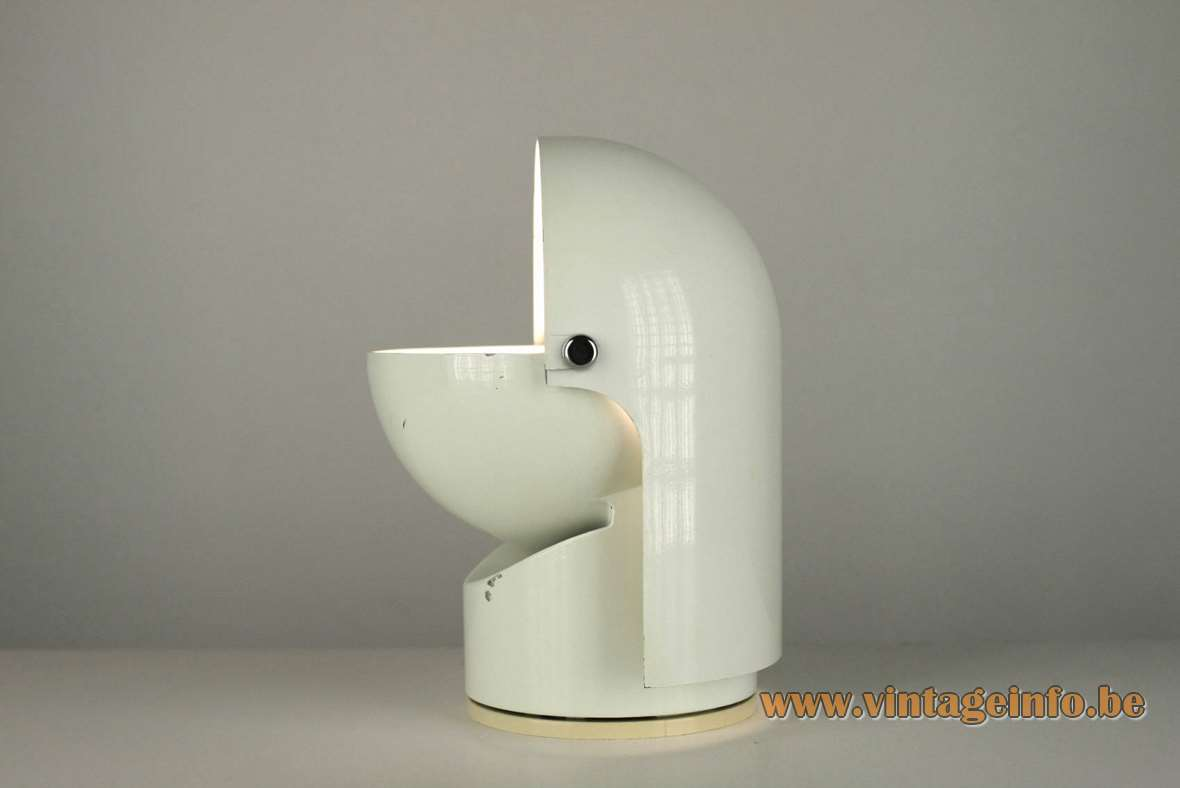 Gae Aulenti Artemide Pileino Table Lamp 1972 white lacquered metal 1970s MCM Mezzopileo plastic pivoting base