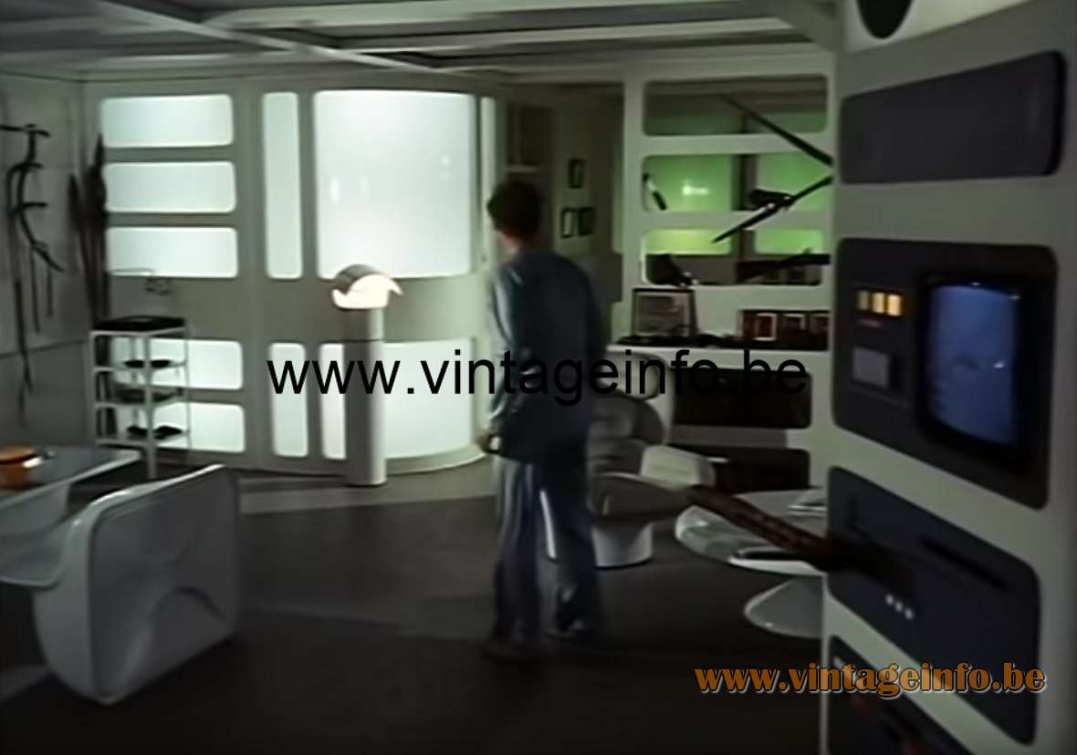 Gae Aulenti Artemide Pileo Floor Lamp prop Space 1999 Moonbase Alpha Lamps in the movies