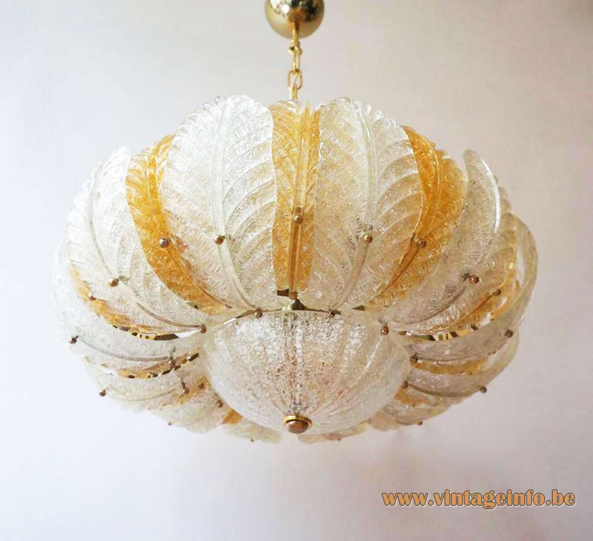 Murano 24 Glass Leaves Chandelier yellow/orange opal amber round AV Mazzega