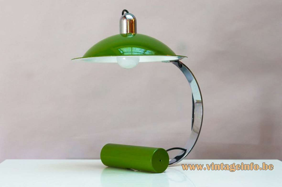 Stilnovo De Pas D'Urbino Lomazzi desk lamp 1970s design round cast iron counterweight chrome curved slat
