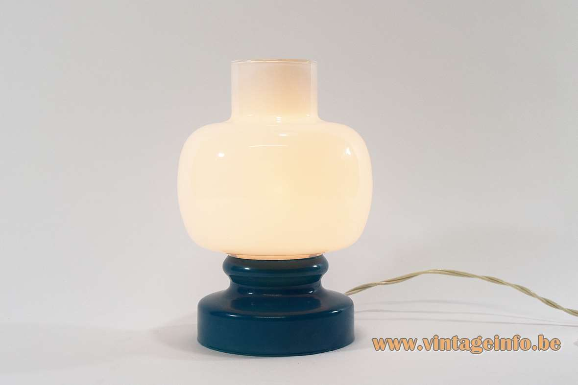 1960s Turquoise Opal Glass Table Lamp painted round base Massimo Vignelli Venini style 1950s MCM
