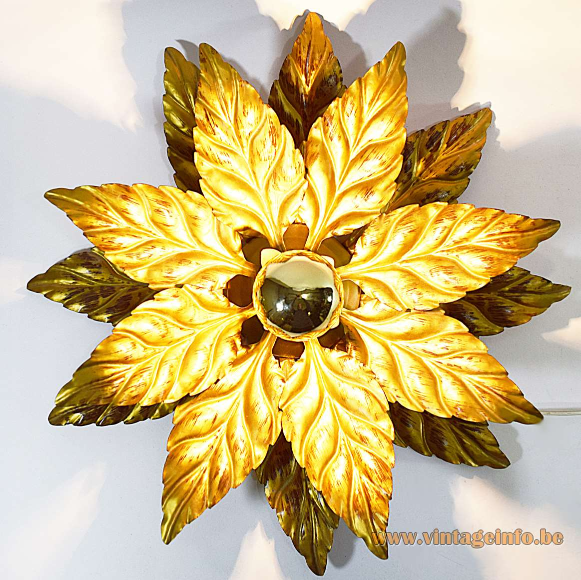 Hans Kögl Gold Flower Flush Mount 19 leaves painted metal 1970s 1980s Hollywood Regency capped bulb