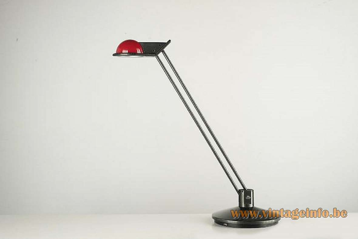 Metalarte Anade adjustable revolving desk lamp 1984 Design: Josep Lluscá red lampshade halogen bulb 1980s