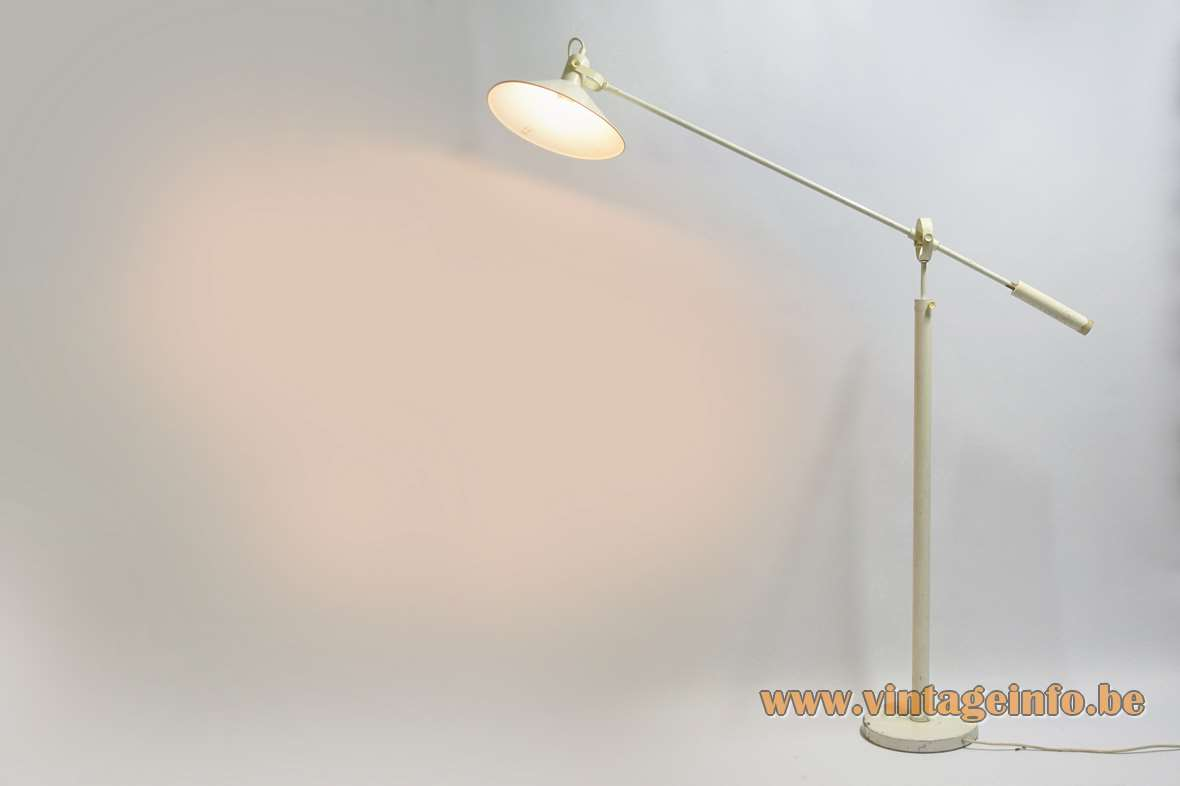 ANVIA counterbalance floor lamp 1970s version white painted metal Middel Verlichting Groningen 1960s MCM