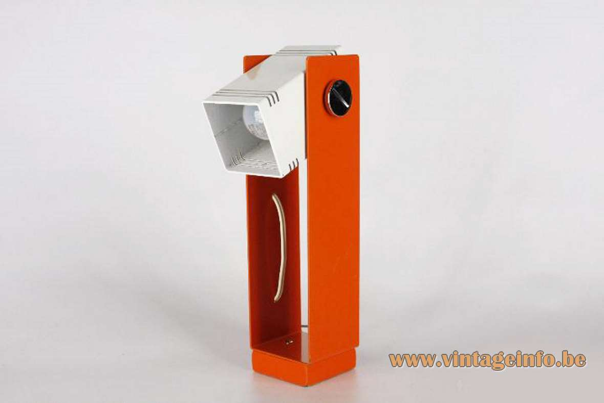 Estiluz geometric table lamp in orange and white metal adjustable E27 socket 1970s Spain