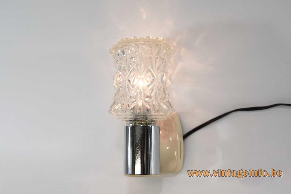 Targetti Sankey wall lamp chrome tube plastic mount pressed embossed glass lampshade E14 socket 1970s Italy