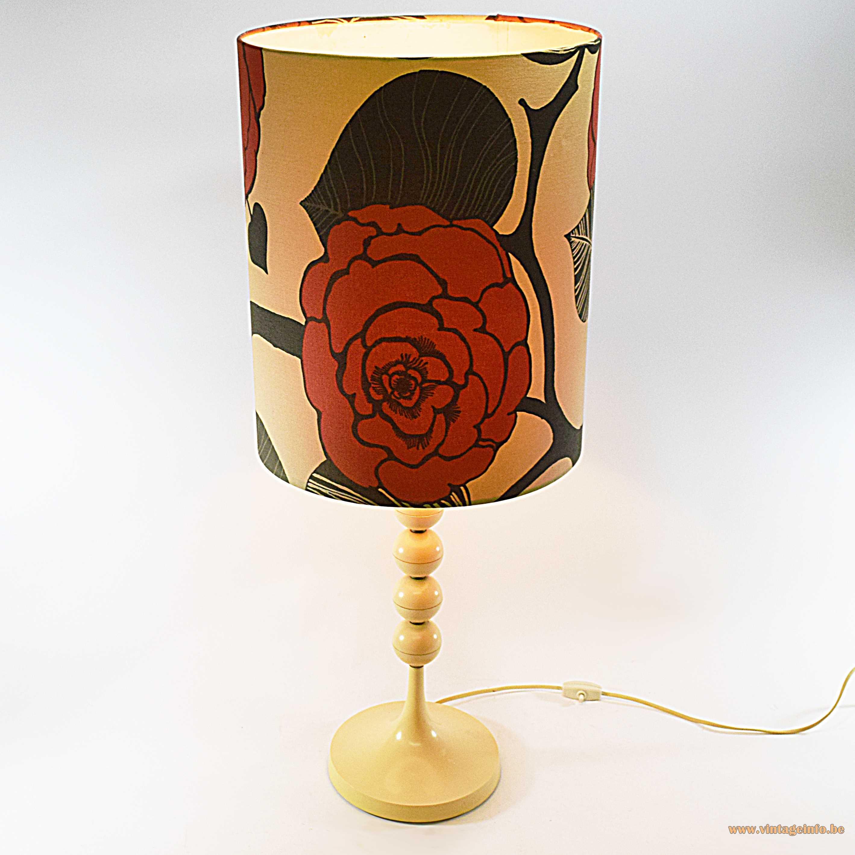 Plastic balls peony table lamp white vanilla coloured acrylic or PVC fabric flower lampshade 1960s 1970s Mid-Century Modern MCM