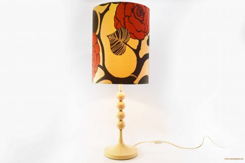 Plastic balls peony table lamp white vanilla coloured acrylic or PVC fabric flower lampshade 1960s 1970s Mid-Century Modern MCM