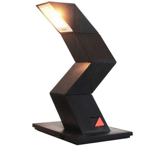 Zig Zag desk lamp black plastic adjustable light 1984 design: Shui Chan Massive E-Lite Z-lite 1980s