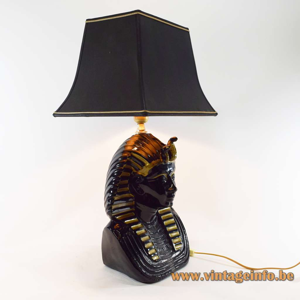 1970s Tutankhamun table lamp pharaoh black & gilded porcelain pagoda lampshade 1980s Hollywood Regency Italy