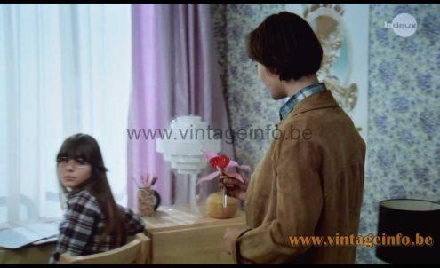 Strips table lamp used as a prop in the 1976 film Un Éléphant Ça Trompe Énormément (1976