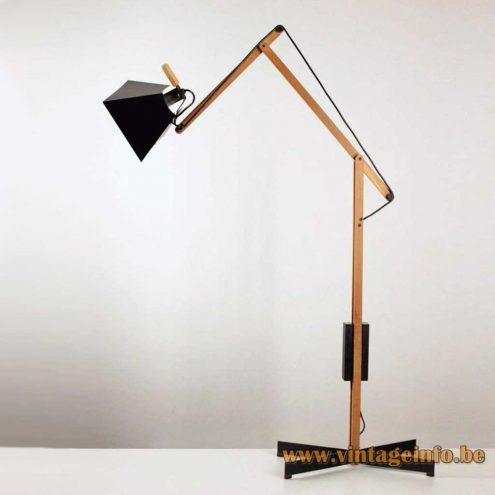Tramo floor lamp Arquimedes Archimedes Spain 1970s square conical lampshade design: Gemma Bernal Ramón Isern MCM Mid-Century Modern