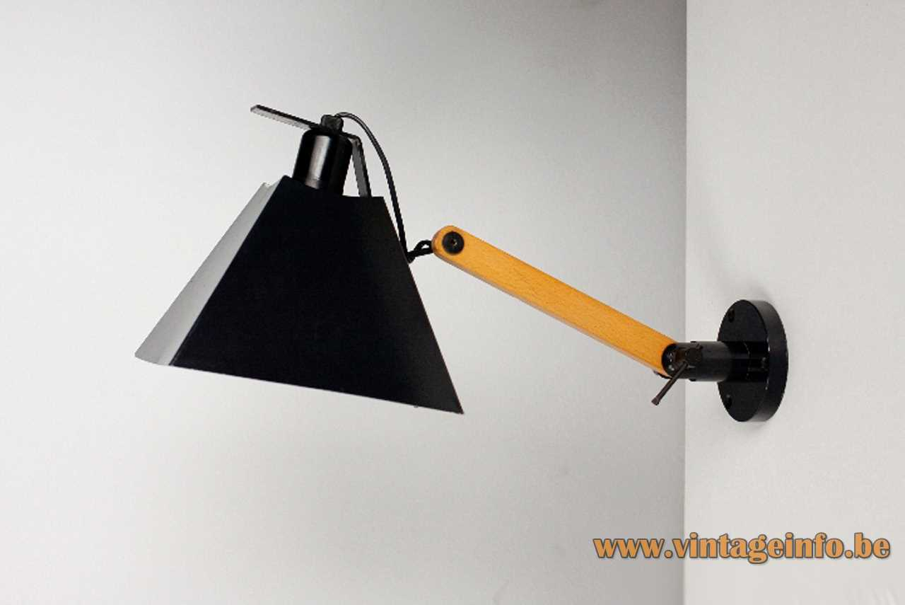 Arquimedes Tramo wall lamp design: Gemma Bernal & Ramón Isern wood rod square conical lampshade 1970s Spain